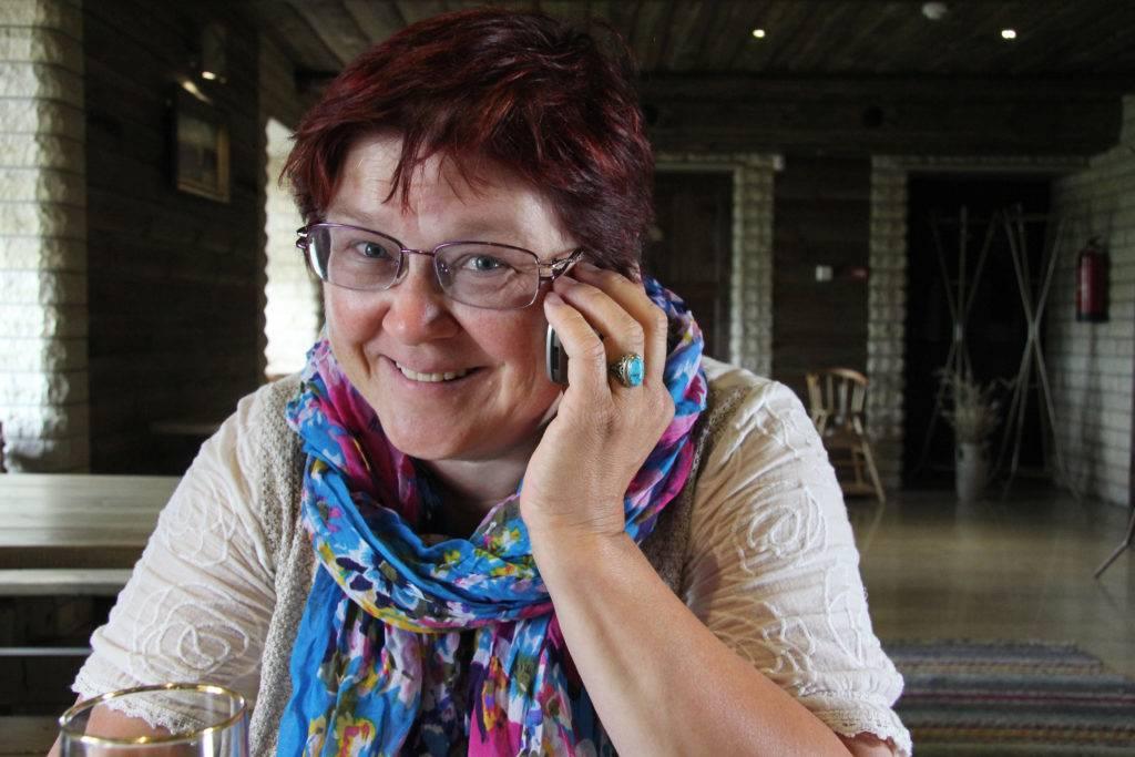 Um die Insel kennenzulernen, ... empfehlen sich individuelle Touren. Kompetente Hilfe gibt's von Tourismus-Managerin Maarika Toomel. Sie verbrachte alle Sommer ihrer Kindheit und Jugend auf Saaremaa und bringt nun Touristen die Schönheit der Insel näher. © Jessica Mintelowsky